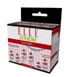 Avec socle de présentation et couvercle, la Box de 6 Push Cakes d'Elle à Table est disponible en GMS au prix de 7,9 euros.