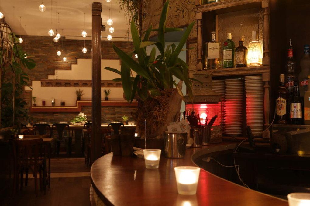 Ambiance cosy dans la salle et au bar !