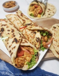 Sandwich cheese naan poulet